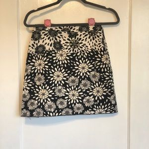 ZARA BASIC Floral Daisy Mini Skirt